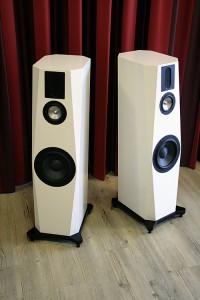 Weltpremiere High-End Hi-Fi Lautsprecher